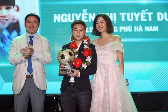 Danh hiệu cao quý Quả bóng vàng năm 2018 gọi tên Quang Hải - Ảnh 3.