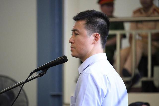 Phan Sào Nam: Sự cám dỗ của đồng tiền đã khiến con người này sa ngã  - Ảnh 1.