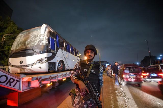 Tình trạng sức khỏe đoàn du khách Việt bị đánh bom ở Ai Cập giờ ra sao? - Ảnh 2.