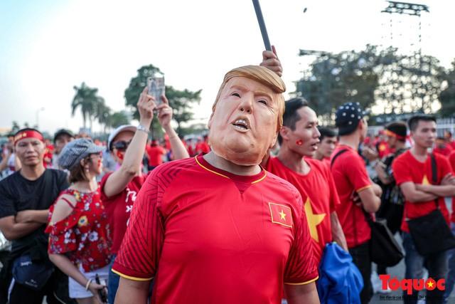 Việt Nam vs Philippines:  Quang Hải, Công Phương ghi bàn giúp đội tuyển Việt Nam vào chơi trận chung kết AFF Cup 2018 - Ảnh 19.