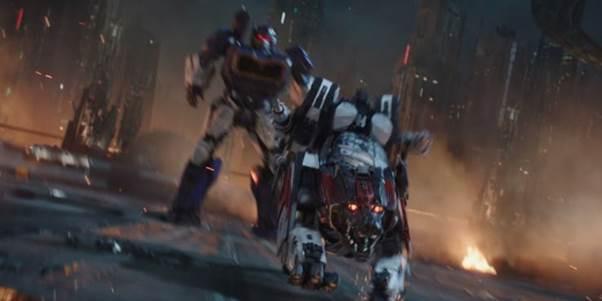 Phi đội kẻ thù không đội trời chung của Bumblebee- chú robot ong nghệ quả cảm trong bom tấn ngoại truyện  - Ảnh 4.