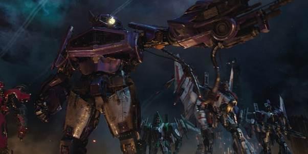 Phi đội kẻ thù không đội trời chung của Bumblebee- chú robot ong nghệ quả cảm trong bom tấn ngoại truyện  - Ảnh 3.