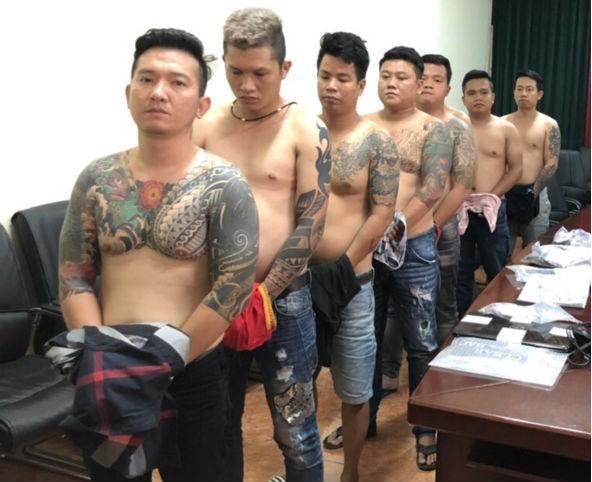 Bộ Công an đánh sập băng nhóm giang hồ Vũ bông hồng ở Sài Gòn - Ảnh 3.