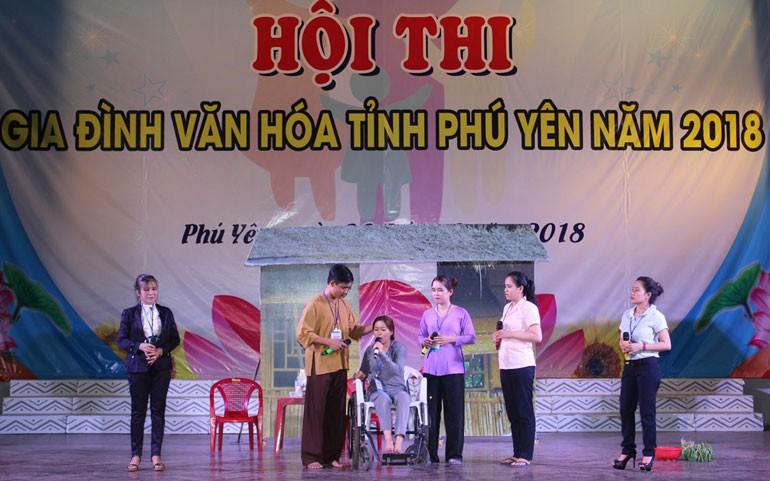 Xây dựng nhân cách người Việt Nam từ giáo dục đạo đức, lối sống trong gia đình