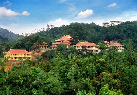 Bắc Giang: Liên kết Tour du lịch Tây Yên Tử gắn với vùng cây ăn quả huyện Lục Ngạn - Ảnh 1.