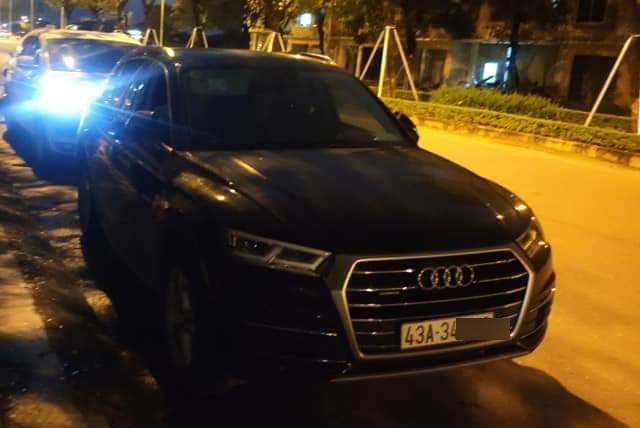 Đậu xe sang Audi ngoài đường để vào dự tiệc tất niên, sau đó chủ xe tá hỏa phát hiện điều bất ngờ - Ảnh 1.