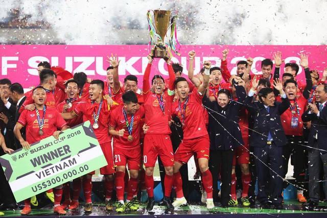 Năm 2018: Thế giới đánh giá lên ngôi bóng đá Việt Nam và bước ngoặt thể thao Việt Nam tại ASIAD - Ảnh 1.