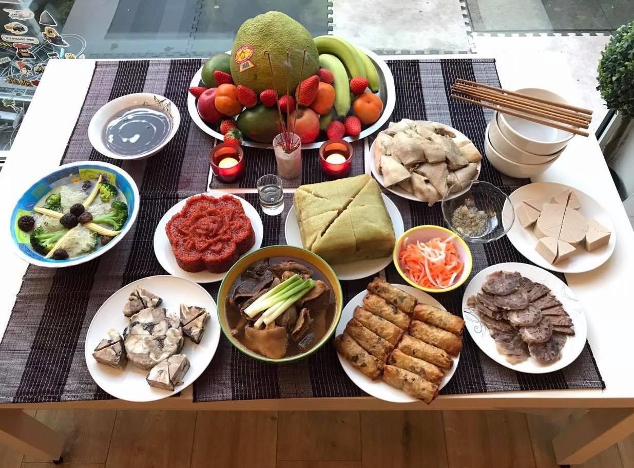 Gia đình Việt trẻ tại Anh đón Xuân Kỷ Hợi: Ăn Tết ta để con khỏi quên gốc và mình có sự khác biệt - Ảnh 1.