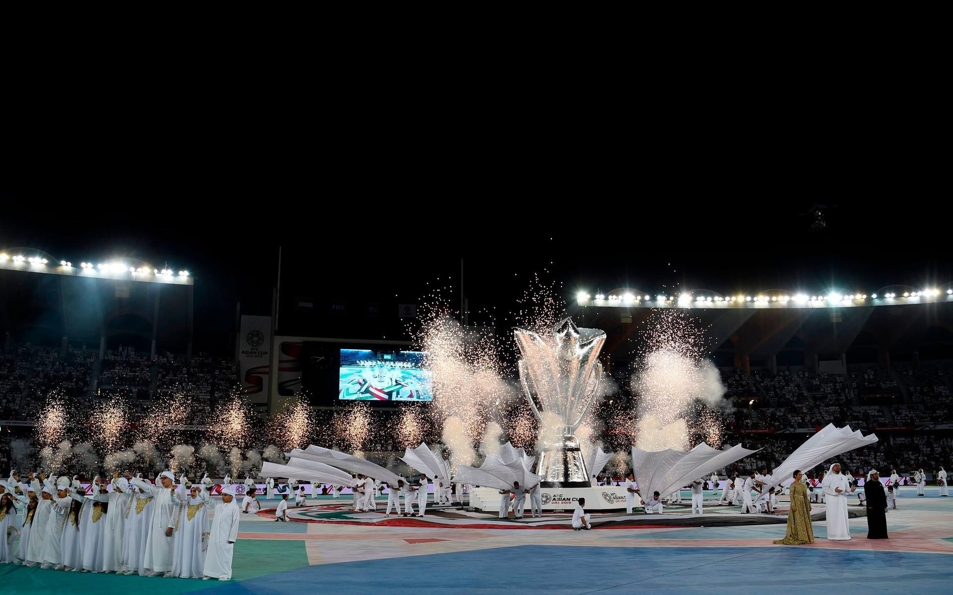 Những hình ảnh hoành tráng tại lễ khai mạc Asian Cup 2019