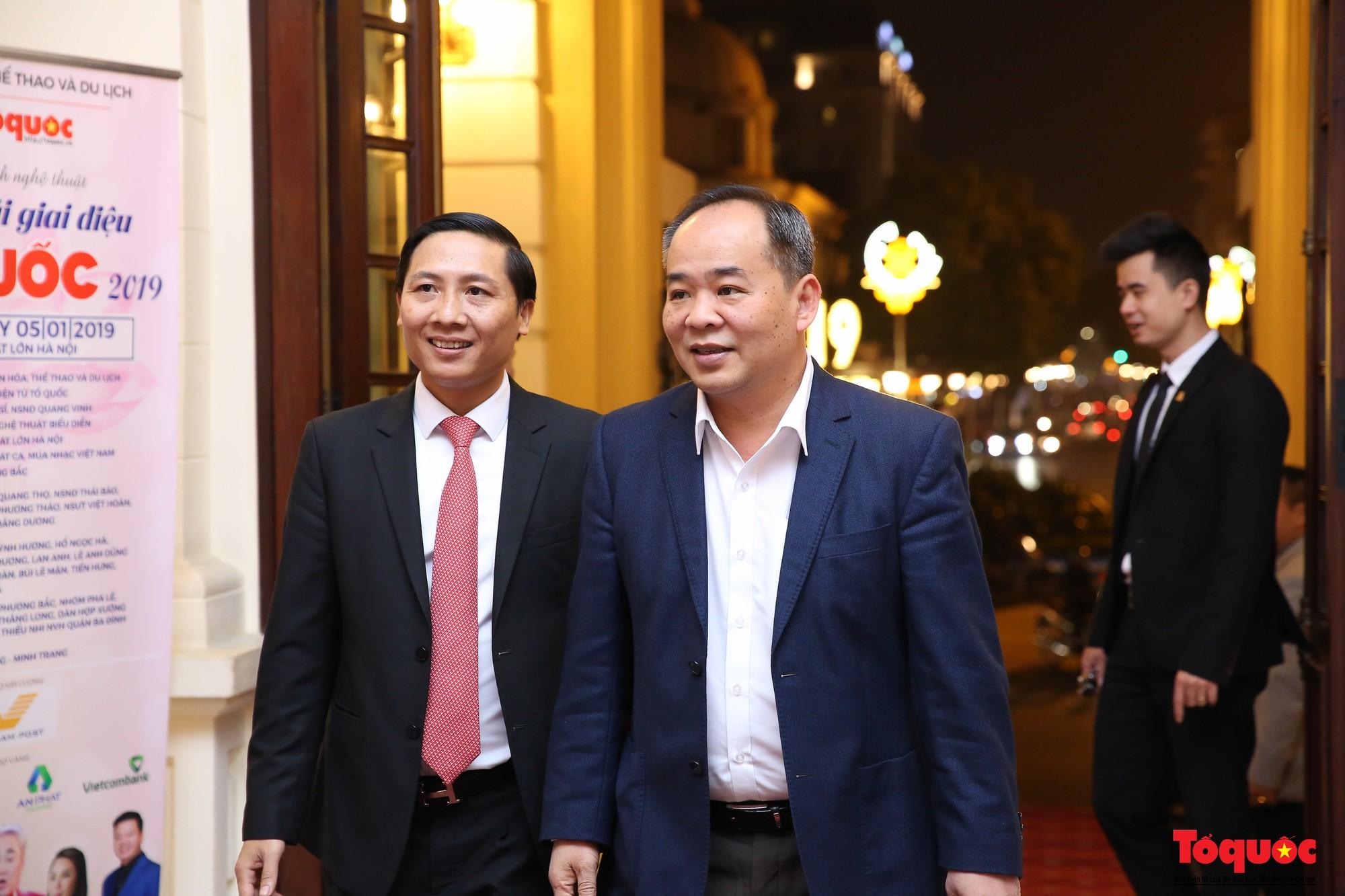 vang mai giai dieu to quoc 2019 (34)
