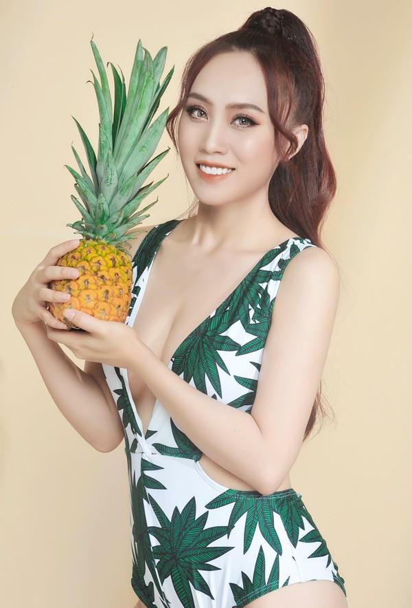 Vợ tương lai của NSND Trung Hiếu tên là Huỳnh Thu Hà, kém anh 19 tuổi và đang làm ngân hàng.