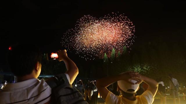 Đắk Lắk: Đề nghị các huyện, thị xã trong tỉnh không tổ chức bắn pháo hoa tại địa phương - Ảnh 1.