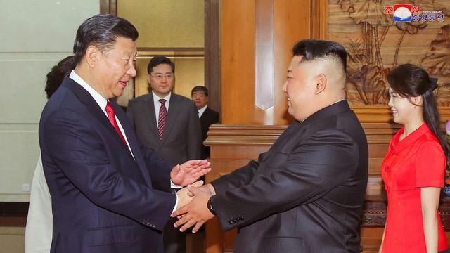 Ông Kim tìm cứu cánh Trung Quốc để đàm phán hạt nhân với Mỹ 2019 - Ảnh 1.