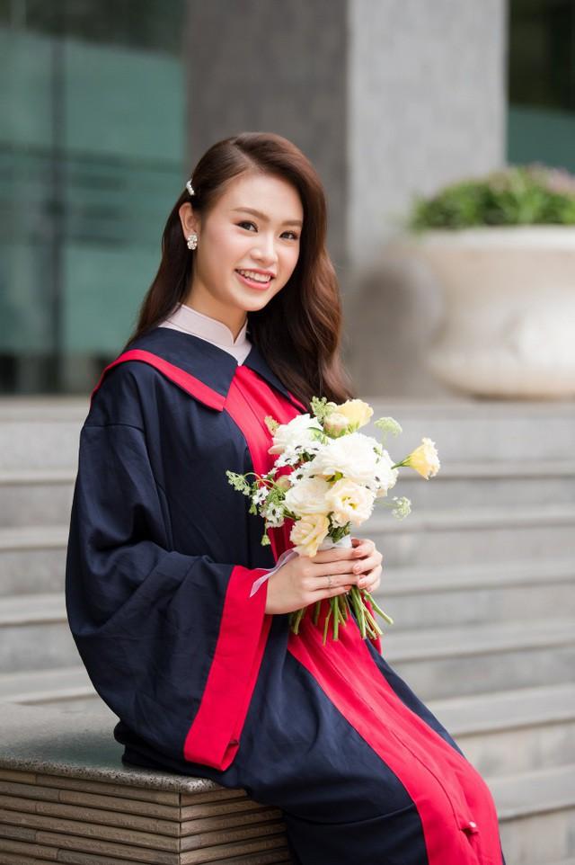 """""""Cô gái vàng"""" của """"làng"""" Hoa hậu Việt Nam tốt nghiệp ĐH Ngoại thương loại xuất sắc - Ảnh 12."""