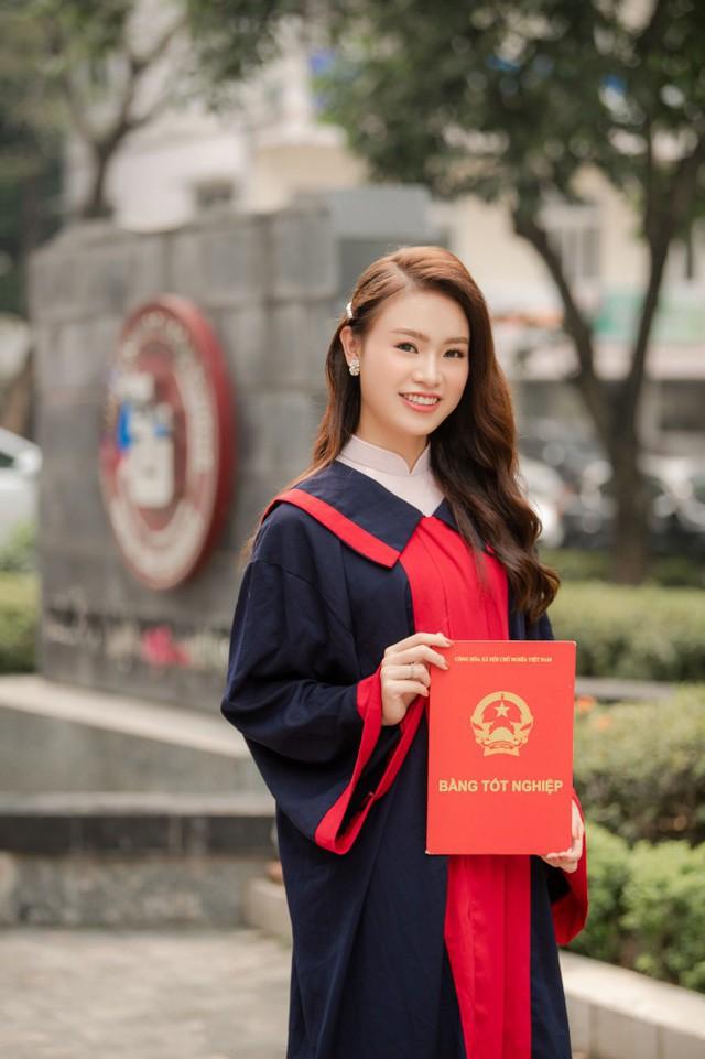 """""""Cô gái vàng"""" của """"làng"""" Hoa hậu Việt Nam tốt nghiệp ĐH Ngoại thương loại xuất sắc - Ảnh 6."""