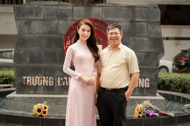 """""""Cô gái vàng"""" của """"làng"""" Hoa hậu Việt Nam tốt nghiệp ĐH Ngoại thương loại xuất sắc - Ảnh 9."""