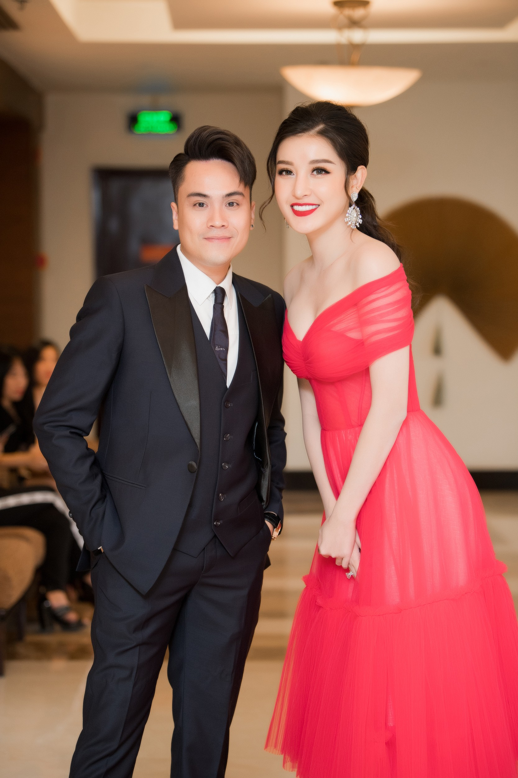 """Á hậu Tường San, Huyền My cùng """"động váy"""" tại sự kiện - Ảnh 8."""