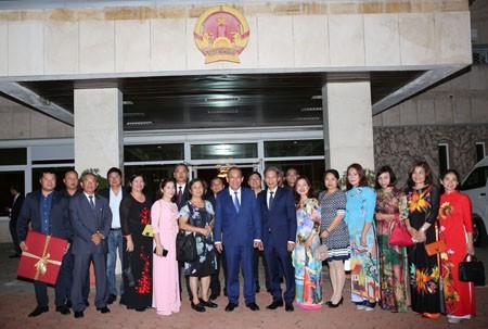 Phó Thủ tướng Thường trực thăm Đại sứ quán và cộng đồng người Việt tại Bulgaria - Ảnh 3.