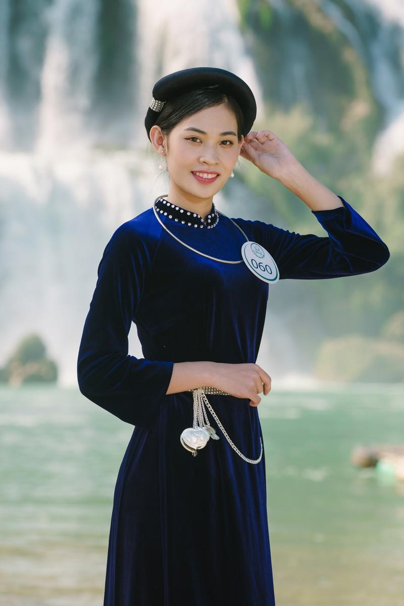 Người đẹp du lịch non nước Cao Bằng rực rỡ trong trang phục dân tộc - Ảnh 3.