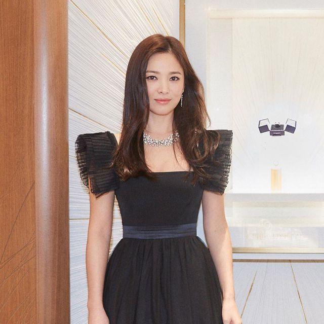 """Cận cảnh gương mặt """"mộc"""" đẹp nhất xứ Hàn của Song Hye Kyo - Ảnh 3."""