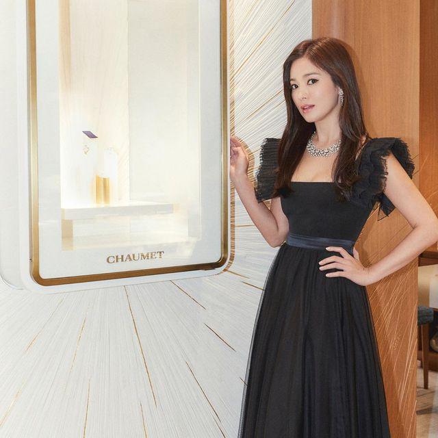 """Cận cảnh gương mặt """"mộc"""" đẹp nhất xứ Hàn của Song Hye Kyo - Ảnh 4."""