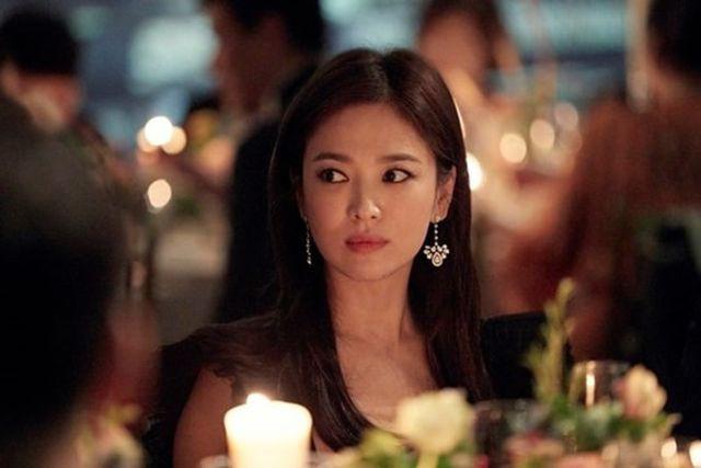 """Cận cảnh gương mặt """"mộc"""" đẹp nhất xứ Hàn của Song Hye Kyo - Ảnh 8."""