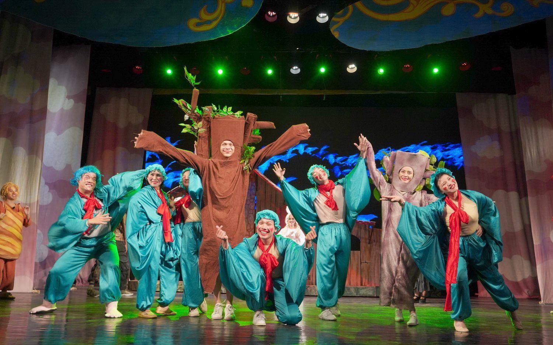 Chuyên gia Bỉ tập huấn cho các nghệ sĩ Nhà hát Tuổi trẻ