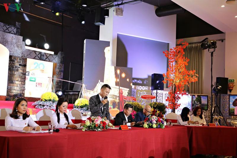 Nâng tầm hoạt động văn hóa, nghệ thuật Việt Nam tại CH Séc - Ảnh 1.