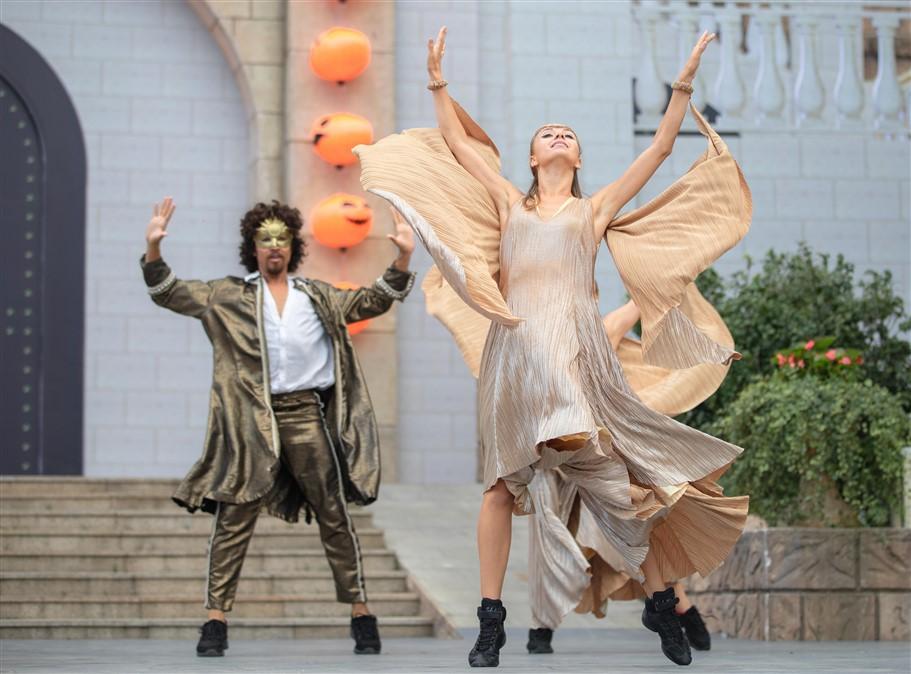 Happy Halloween, du khách Miền Trung - Tây Nguyên tiếp tục hưởng mức giá ưu đãi tới hơn 60% khi tới Bà Nà Hills. - Ảnh 10.
