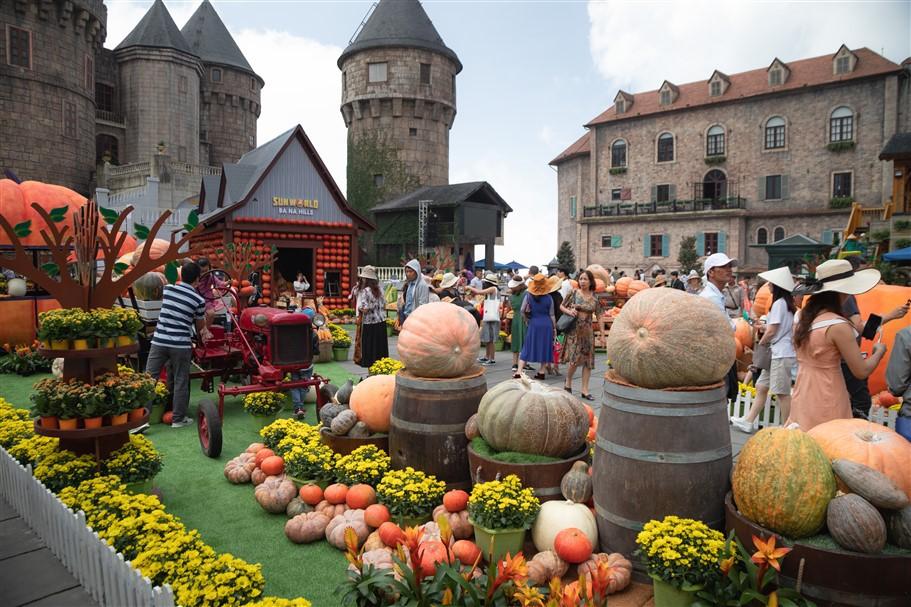 Happy Halloween, du khách Miền Trung - Tây Nguyên tiếp tục hưởng mức giá ưu đãi tới hơn 60% khi tới Bà Nà Hills. - Ảnh 2.