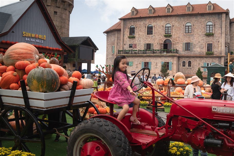Happy Halloween, du khách Miền Trung - Tây Nguyên tiếp tục hưởng mức giá ưu đãi tới hơn 60% khi tới Bà Nà Hills. - Ảnh 6.