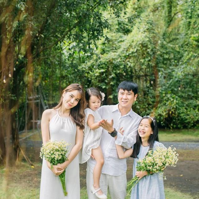 Hồ Hoài Anh lên tiếng chuyện ly hôn Lưu Hương Giang: Hôn nhân nào cũng có hạnh phúc và sóng gió - Ảnh 1.
