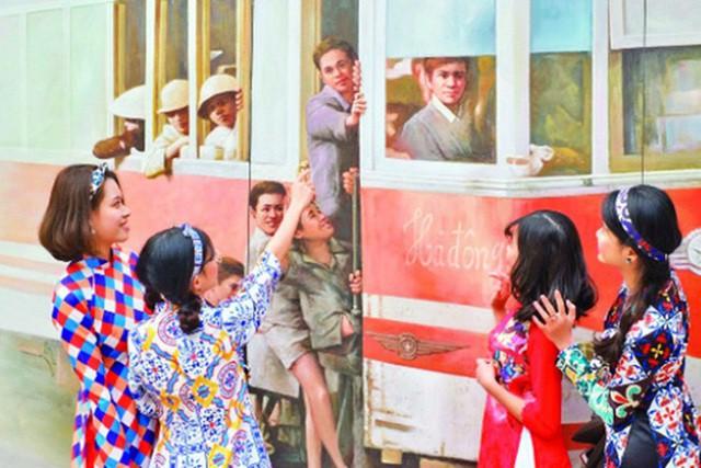 Hàng loạt sự kiện văn hoá nghệ thuật mừng 65 năm Giải phóng Thủ đô - Ảnh 1.