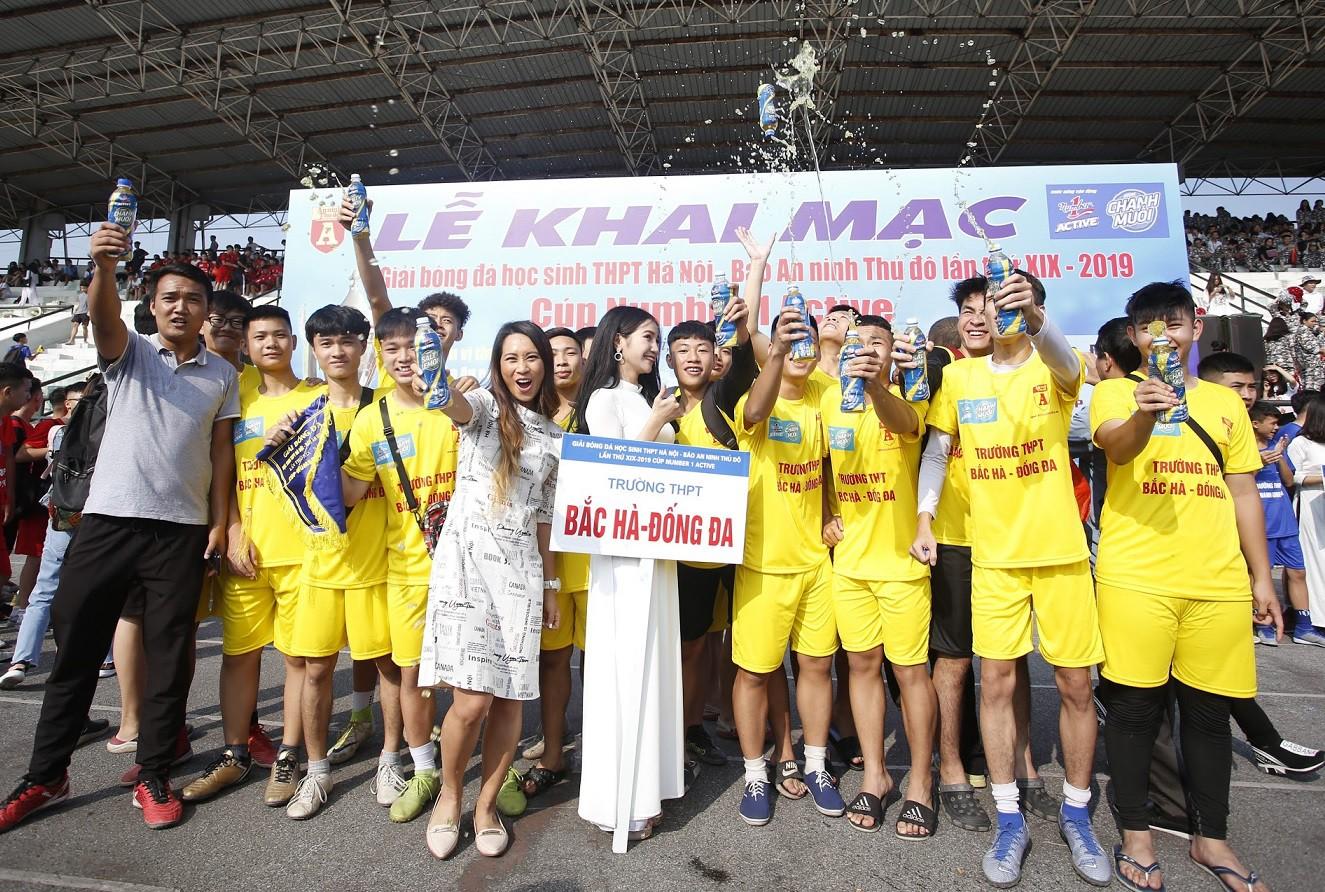 Khai mạc giải bóng đá dành cho học sinh THPT lớn nhất toàn quốc  - Ảnh 2.