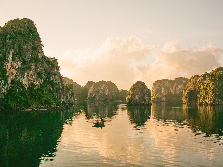 Top trải nghiệm nhất định phải thử khi Quảng Ninh vào đông - Ảnh 1.