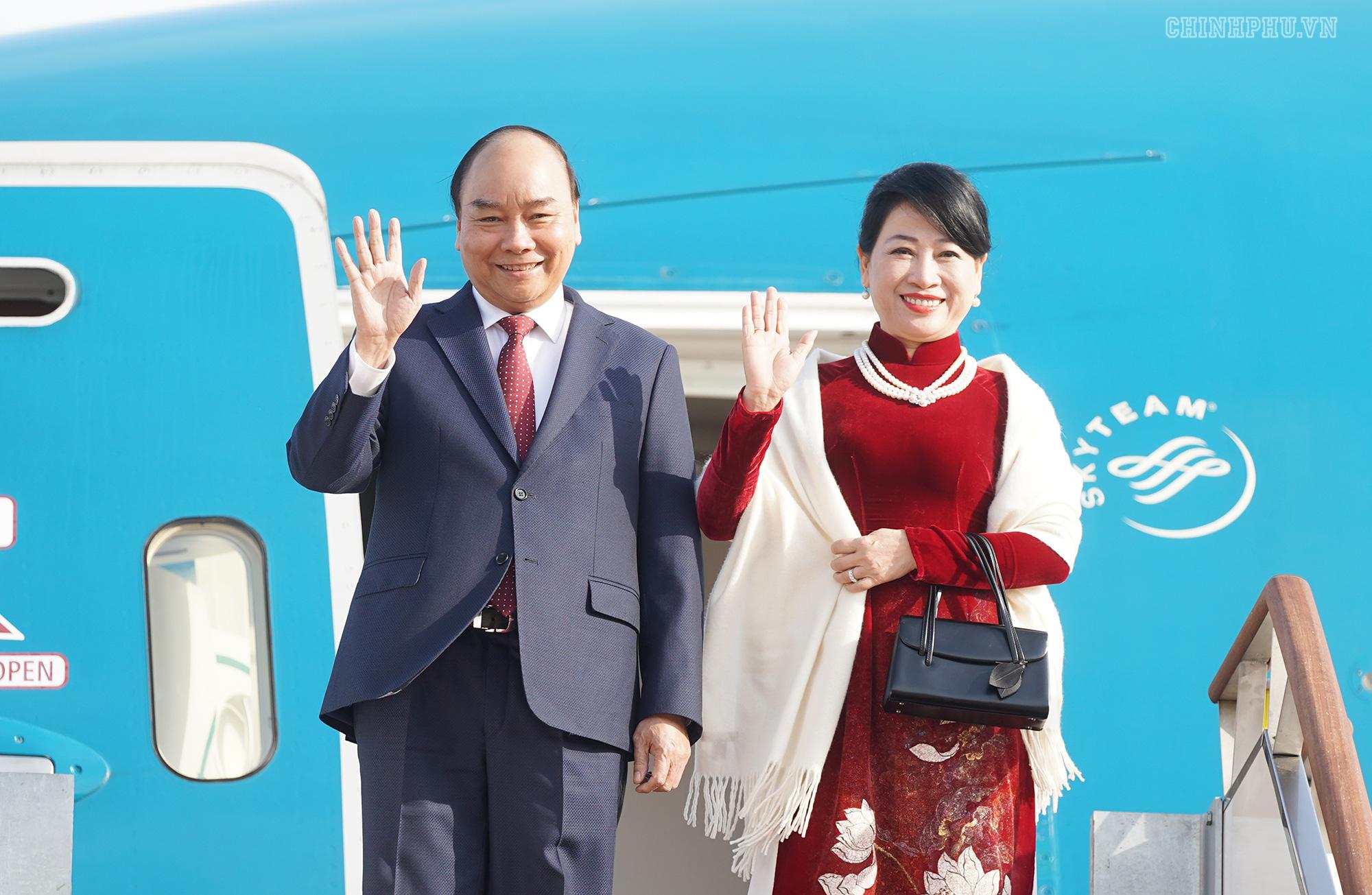 Lễ đón chính thức Thủ tướng Nguyễn Xuân Phúc tại Thủ đô Seoul, Hàn Quốc - Ảnh 1.