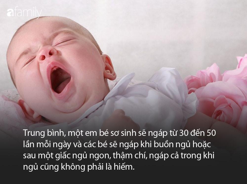 Bác sĩ nhi khoa lý giải về hiện tượng vì sao trẻ sơ sinh hay ngáp? - Ảnh 1.