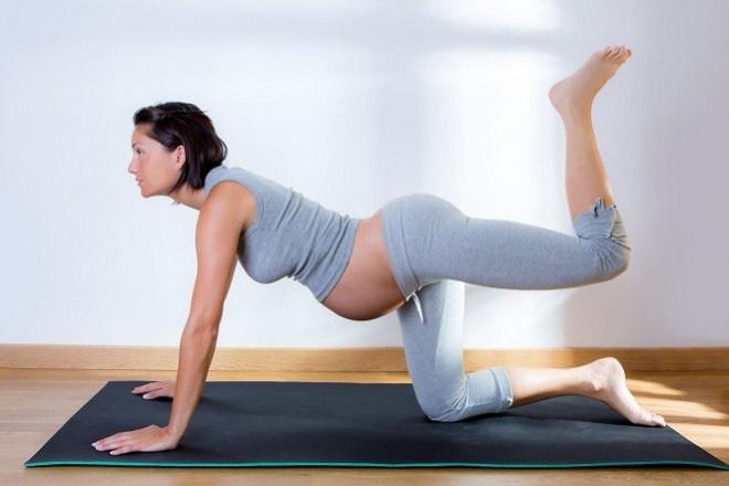 Mang thai tháng thứ 4: Mẹ bầu đang tận hưởng những ngày dễ chịu nhất của thai kỳ - Ảnh 5.