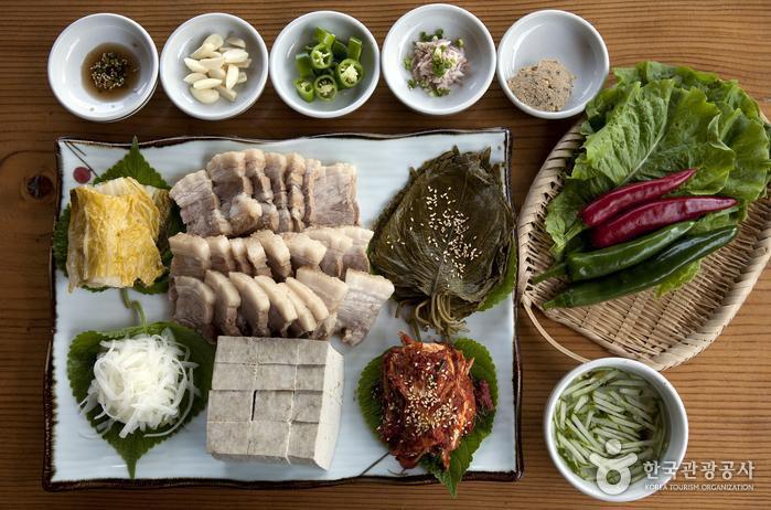 12 món ăn ngon nhất Hàn Quốc không thể bỏ qua - Ảnh 13.