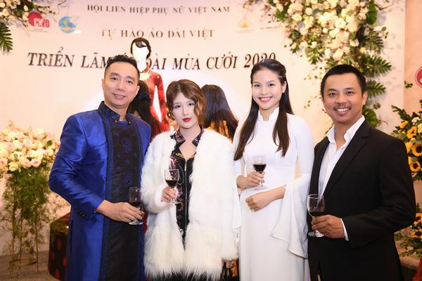 Mẹ chồng Lan Hương khoe vòng eo thon vượt mặt đàn em tại Triển lãm áo dài mùa cưới - Ảnh 7.
