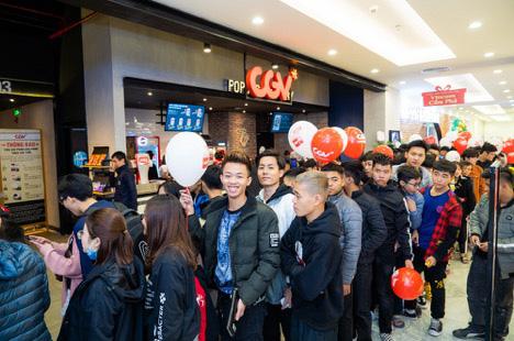 Vincom Plaza hiện đại nhất Cẩm Phả đón hàng nghìn khách hàng ngay sau khi mở cửa - Ảnh 6.