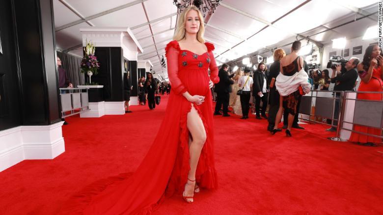 Toàn cảnh thảm đỏ Grammy 2019 rực rỡ ví như ngày hội thời trang - Ảnh 12.