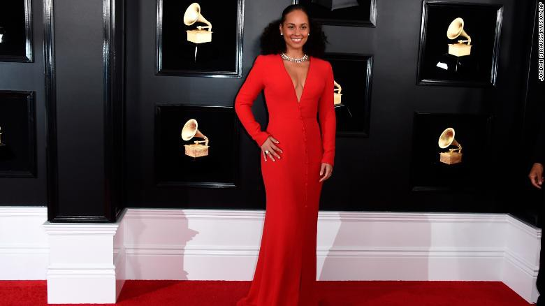 Toàn cảnh thảm đỏ Grammy 2019 rực rỡ ví như ngày hội thời trang - Ảnh 3.