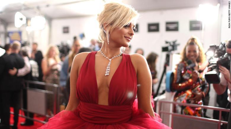 Toàn cảnh thảm đỏ Grammy 2019 rực rỡ ví như ngày hội thời trang - Ảnh 8.