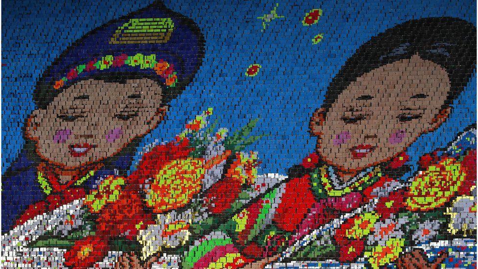 Choáng ngợp đại lễ hội Chủ tịch Kim Jong-un lựa chọn để phô diễn hình ảnh mới của Triều Tiên - Ảnh 8.