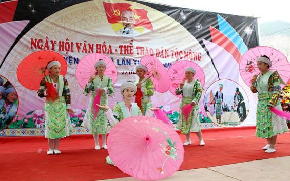 Cao Bằng: Bảo tồn và phát huy văn hóa dân tộc Mông Trà Lĩnh
