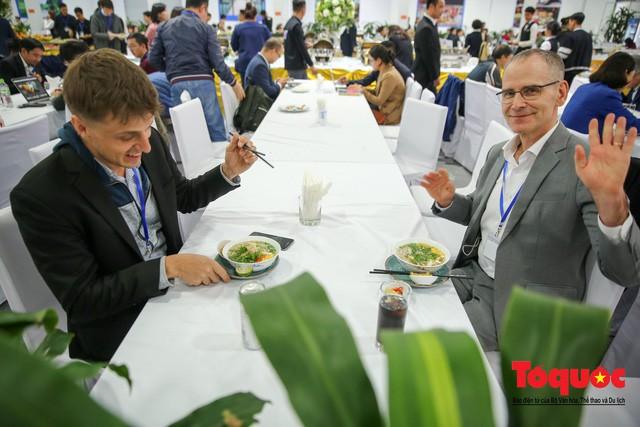 Những món quà mà ngành Du lịch Việt Nam sẽ tặng các phóng viên quốc tế tại thượng đỉnh Mỹ - Triều - Ảnh 1.