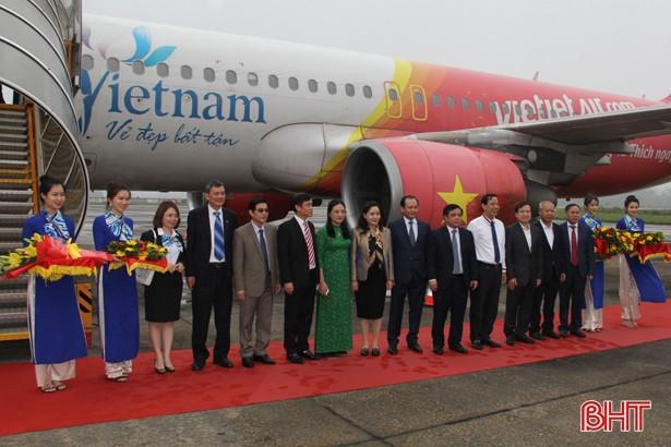 Mở đường bay thẳng Charter Vinh - Bangkok - Ảnh 1.