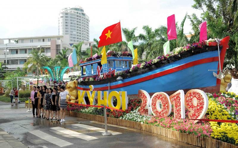 Hàng trăm nghìn lượt khách du lịch sẽ tới Khánh Hòa dịp Tết Kỷ Hợi