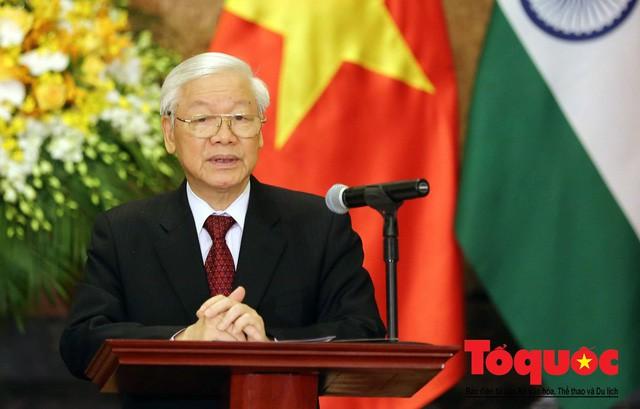 Tổng Bí thư, Chủ tịch nước: Chúc mỗi gia đình, mỗi người dân Việt Nam một năm mới nhiều sức khỏe, niềm vui, hạnh phúc và thành công - Ảnh 1.
